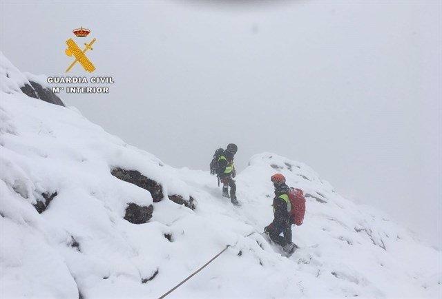 Rescatados los cuerpos de los montañeros muertos en Picos d'Europa.