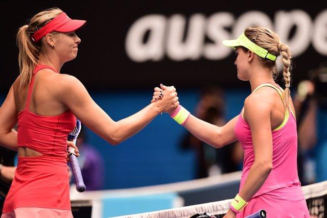 Sharapova saluda a Bouchard tras derrotar en semis del Abierto de Australia