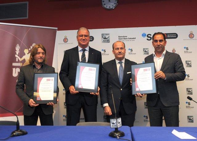 Albert Agustí y Albert Costa reciben el certificado de Evento Sostenible