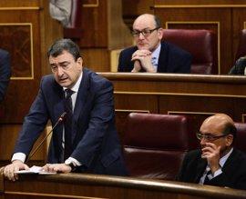 """El PNV ve """"una torpeza absoluta"""" la moción de censura de Pablo Iglesias y avisa que puede fortalecer a Rajoy"""