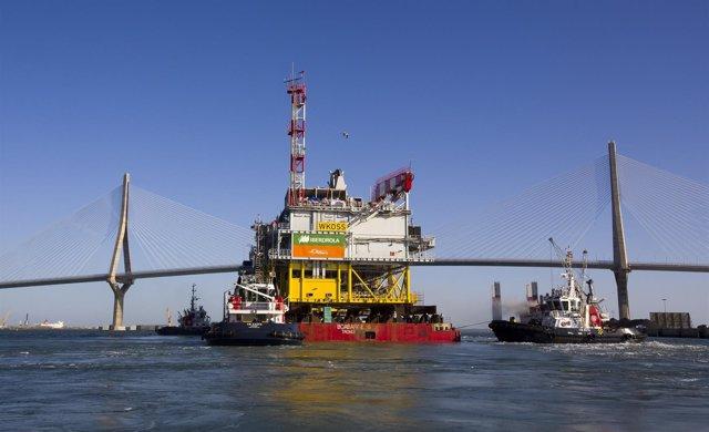 Salida de los astilleros de Navantia Puerto Real de la Subestación Andalu