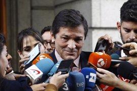 """""""Me remito a las declaraciones de Antonio Hernando"""", dice Javier Fernández (PSOE)"""