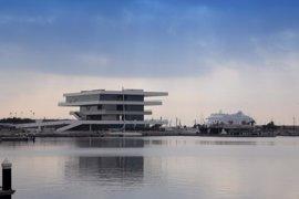 Actividades náuticas con descuentos y tapa y caña a 3€ este lunes en La Marina