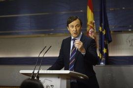 """El PP tacha de """"charlotada"""" la moción de censura de Pablo Iglesias y le aconseja no hacer el """"ridículo"""""""