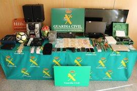 Desarticulado un grupo criminal que cometió 13 robos en naves de Pontevedra y Lugo