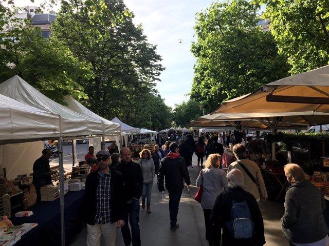 Diada de Sant Jordi 2019 a Rambla Catalunya