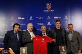 Torres recuerda la importancia del inglés presentando el 'Campus Fútbol&Inglés Vaughan' y 'Speak Football'