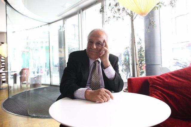 Entrevista con Raúl del Pozo por la presentación de su libro El último pistolero