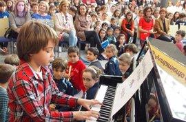 El Ayuntamiento abre una nueva aula en la Escuela de Música para el próximo año y mantiene los precios