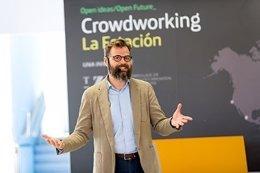 Carlos Marina en su charla esta tarde en Zaragoza
