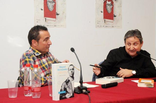 Presentación de la biografía de Miguel Hernández en la Fira del Llibre