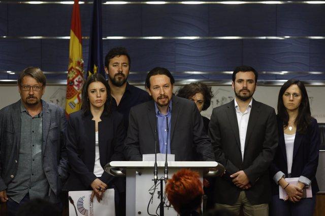 Rueda de prensa de Unidos Podemos en el que se anuncia una moción contra Rajoy