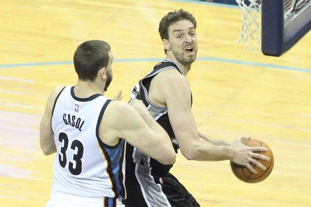 Pau y Marc Gasol en el Grizzlies - Spurs