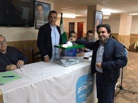 """El alcalde de Porcuna pide a compromisarios """"respetar el resultado de la democracia"""" para no """"dañar gravemente"""" el PP"""
