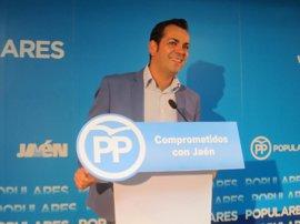 Requena (PP) rechaza una candidatura de unidad y se muestra seguro de que los compromisarios le darán la victoria