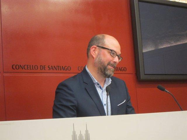 El alcalde de Santiago, Martiño Noriega, en rueda de prensa