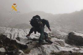 Rescatados tres senderistas holandeses desorientados en Picos