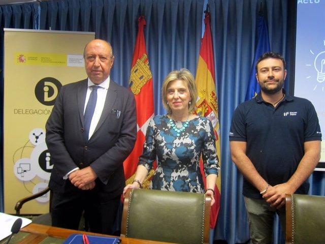 Germán López Iglesias, María José Salgueiro y Pablo San Emeterio.