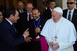 """El Papa reclama ante Al Sisi el """"respeto incondicional de los derechos inalienables del hombre"""""""