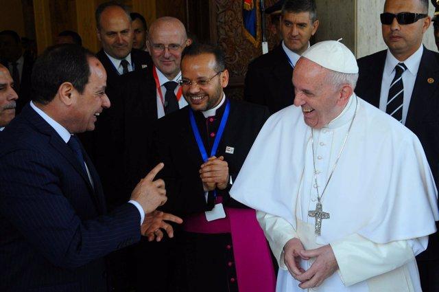 El Papa con Al-Sisi en Egipto