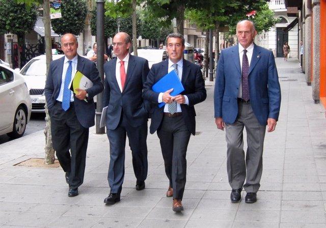 De Izquierda A Derecha, García Nieto, Iglesias, Antolín Sanz Y Agustín González