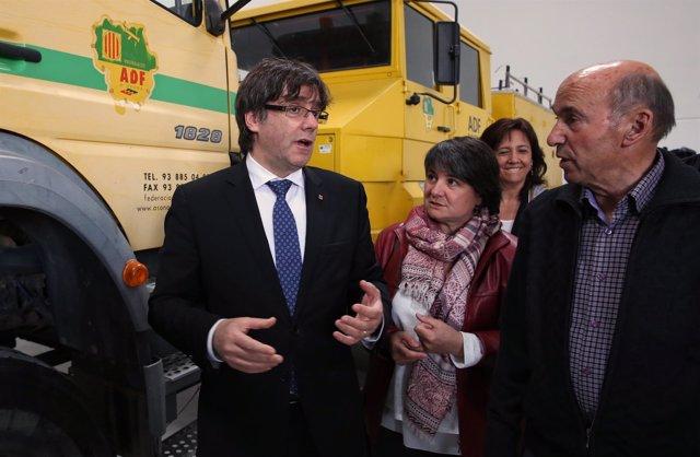 El pte.C.Puigdemont visita la nueva sede de ADF de Osona