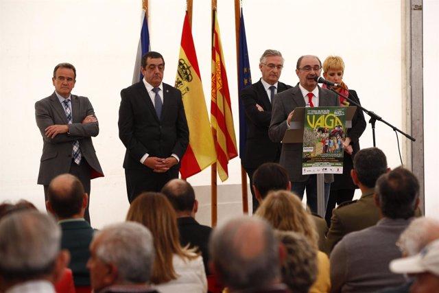 El Presidente de Aragón en la Feria de Valga, Épila.