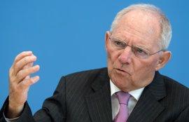 Schaeuble asegura que Alemania no aumentará su contribución a la UE después del 'Brexit'
