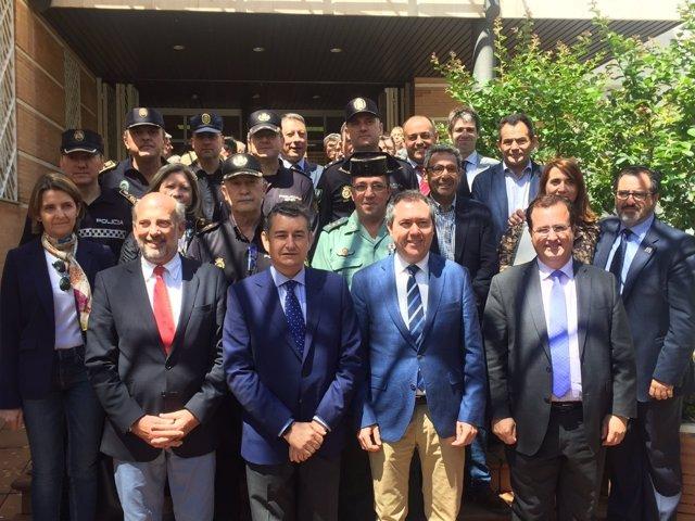 Reunión del Cecop de Feria con la participación de Sanz