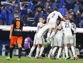 Marcelo decide ante el Valencia la primera 'final' por LaLiga