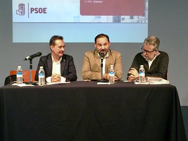 El encuentro ha reunido a alcaldes socialistas