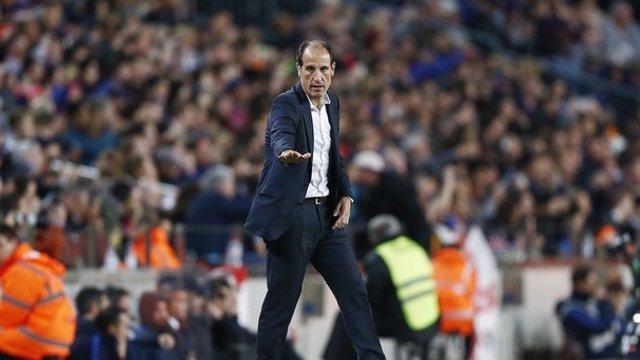 El entrenador del Valencia CF, Salvador González Voro