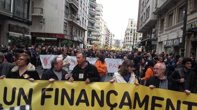 En la protesta han participado 30.000 personas según la organización