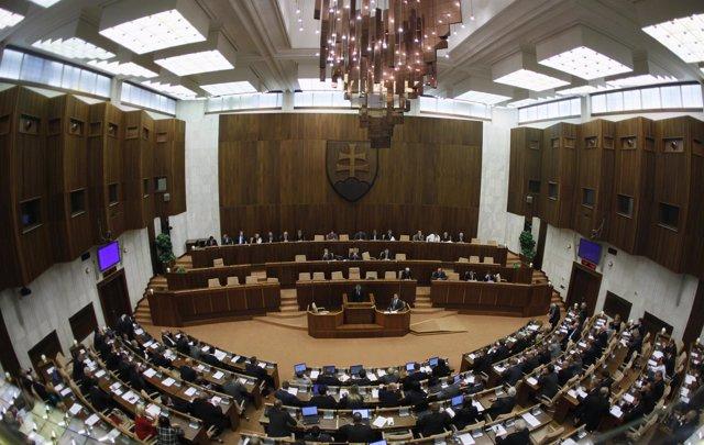 Miembros del Parlamento de Bratislava.