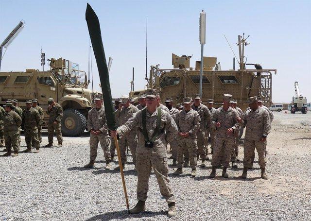 Transferencia de poderes Camp Shorab, Helmand, Afganistán
