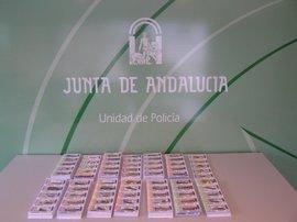 La Unidad de Policía adscrita a la Junta se incauta de unos 10.000 boletos de lotería ilegal de la OID
