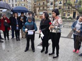 """PSE y JSE-Egaz destacan en el homenaje a Clara Campoamor que """"queda mucho para lograr igualdad real"""""""