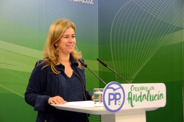 Rueda de prensa de la diputada del PP-A Teresa Ruiz Sillero
