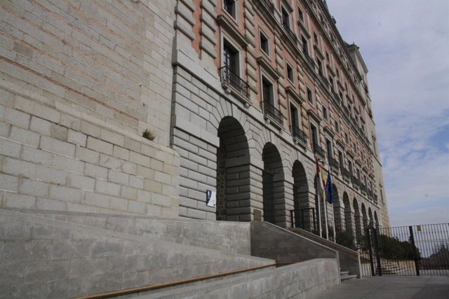 Biblioteca, Alcázar, Toledo, Fachada, Puerta