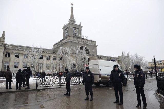 La Policía bloquea el acceso a la estación de tren tras la explosión