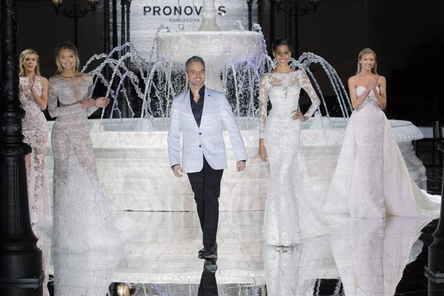 Desfile de Pronovias en la Barcelona Bridal Fashion Week