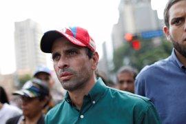 """Capriles rechaza """"un diálogo 'Zapatero'"""" para Venezuela como el que pide el Papa"""