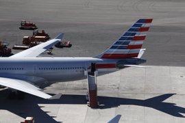 Un juez obliga a American Airlines a pagar 850 euros a un viajero por la cancelación del vuelo