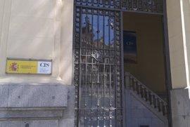 El CIS ultima su encuesta electoral, hecha tras postularse Susana Díaz y dimitir el presidente de Murcia