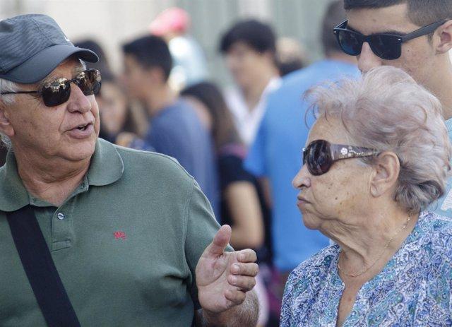 Ancianos, pensionistas