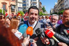 """Jiménez llama a un gran acuerdo de las fuerzas políticas para """"acabar"""" con la reforma laboral"""
