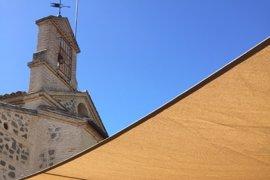 Atienden al cura que ha oficiado la misa del Valle en Toledo tras un desvanecimiento
