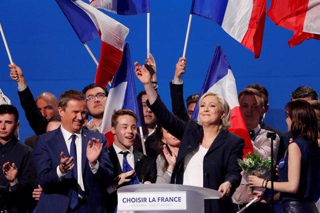 Marine Le Pen y Nicolas Dupont-Aignan