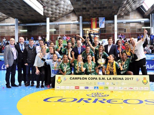 El Rocasa Gran Canaria, campeón de la Copa de la Reina de balonmano