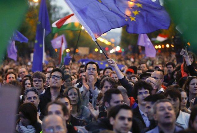 Manifestación de Momentum en Budapest